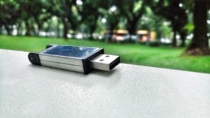 How to Name a USB Flash Drive